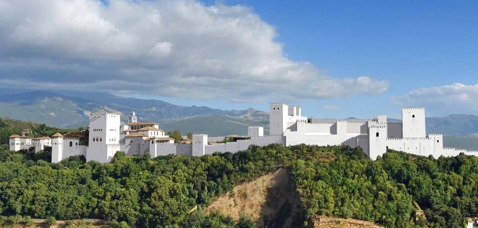 La Alhambra, toda encalada
