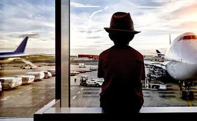 Un niño de 12 años pelea con su madre, le roba la tarjeta, vuela a Bali y pasa cuatro noches en un hotel de lujo