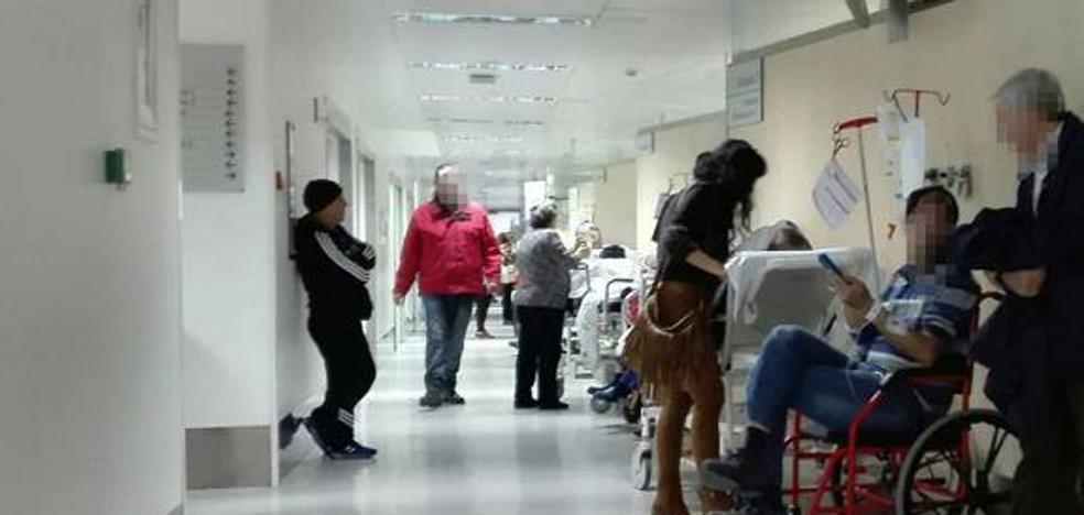 Aplazan la huelga de los MIR en Granada al 11 de mayo