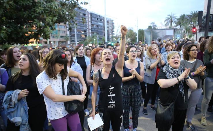 Manifestaciones en Jaén y Linares en protesta por la sentencia de 'La Manada'