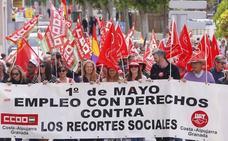 Medio millar de personas se manifiestan en Motril por un «trabajo igualitario» y contra los «recortes»