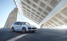 Porsche Cayenne E-Hybrid, también híbrido enchufable