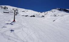 Las pistas de Sierra Nevada, con la mejor nieve a cuatro días del cierre