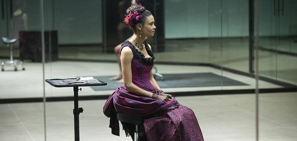 Más violenta y con nuevos misterios: así ha regresado 'Westworld'