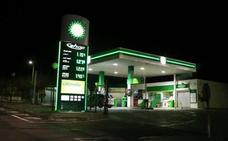 Estas son las gasolineras más caras y baratas de España, según la OCU