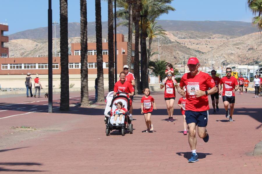 Almería corre en favor de la Cruz Roja