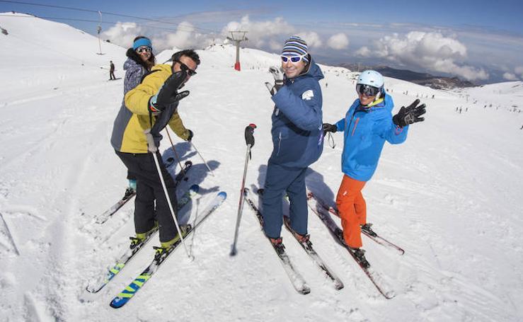 3.500 esquiadores cierran la temporada en Sierra Nevada