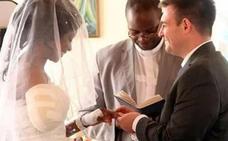 El admirable ejemplo de la novia que se ha casado días después de que un cocodrilo le arrancara el brazo