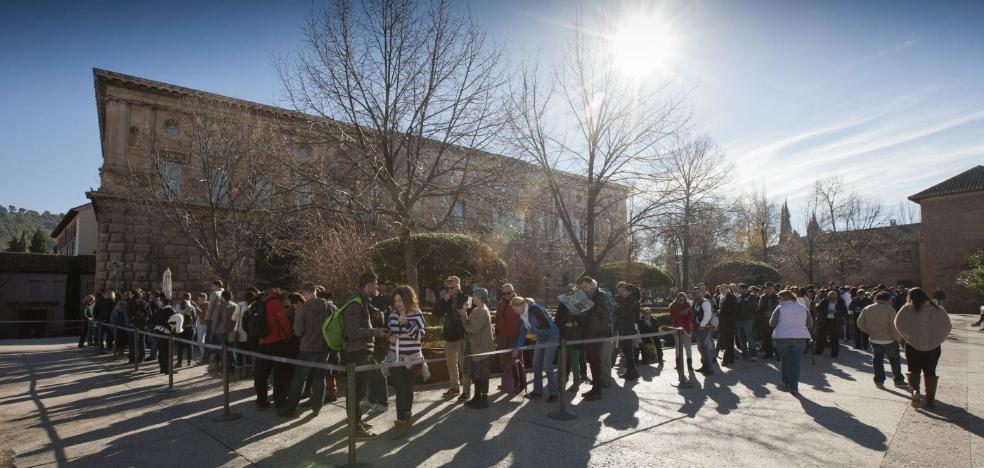 La excúpula de la Alhambra, en libertad con cargos tras ser detenida por segunda vez