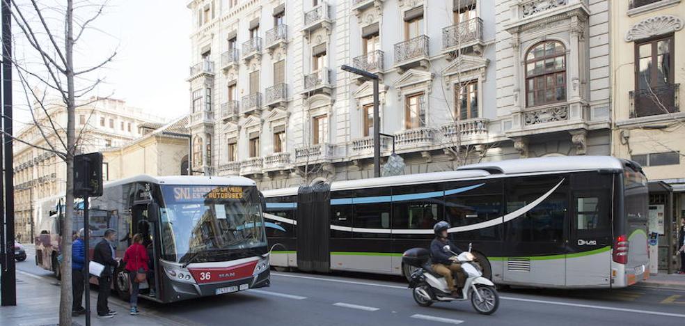 La reordenación del mapa de autobuses de Granada no se activará hasta final de curso