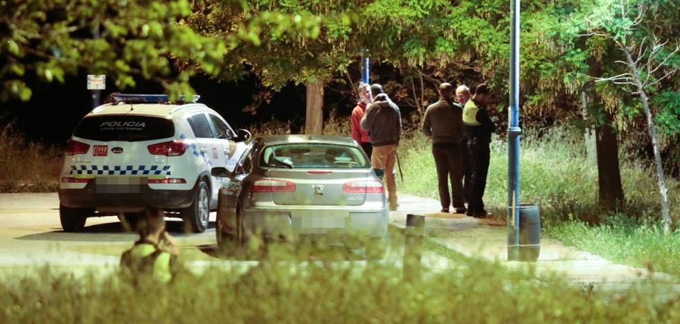 La investigación no tiene claro aún si la muerte de los dos jóvenes es fruto de un crimen machista o de un accidente