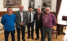 La Diputación de Jaén colaborará con la Rondalla de Albanchez de Mágina para acercar el folclore a la juventud