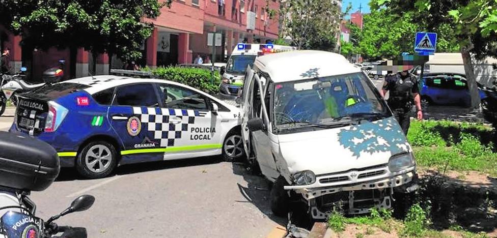 Un joven de 18 años y sin carné protagonizó la espectacular persecución que dejó dos policías heridos en Granada
