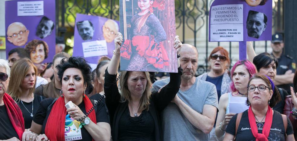 Granada pide mayor compromiso contra la violencia de género tras la muerte de María del Mar