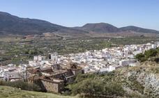 Las administraciones se dan la mano para combatir la despoblación en la Alpujarra