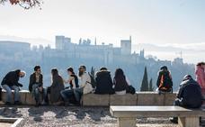 El negocio de los apartamentos turísticos deja tres millones de euros mensuales en Granada