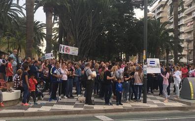 Motril se levanta contra el centro para internar inmigrantes y se movilizará para frenarlo