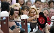 Estalla la polémica por los palcos infantiles para ver los toros en Andalucía