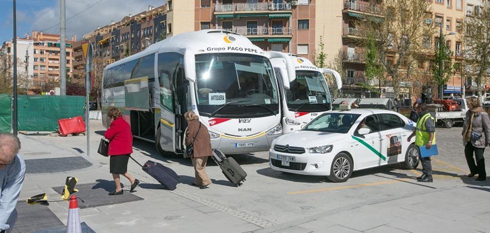 Renfe prolongará hasta febrero el servicio de autobuses y Fomento vuelve a evitar fechar la llegada del AVE a Granada