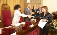La UGR entrega sus medallas y distinciones