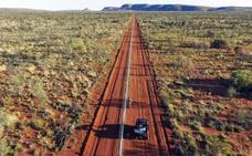 Instalan una valla electrificada de 44 kilómetros para acabar con los gatos salvajes