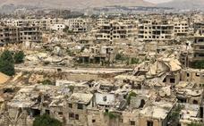 La ciudad que se despierta tras su macabra guerra: así es vivir después de las bombas