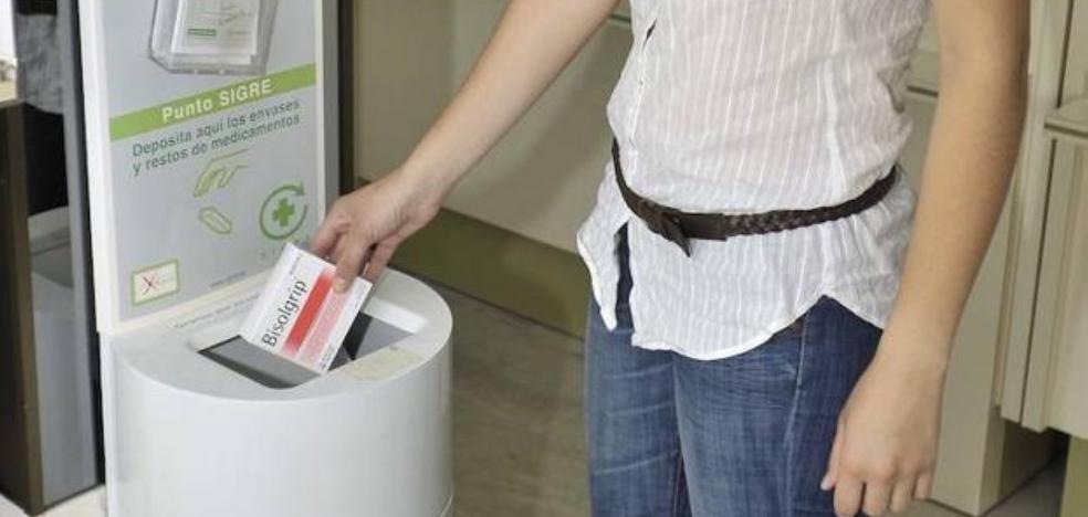 Los jienenses mejoran en el uso de medicamentos y los reciclan más