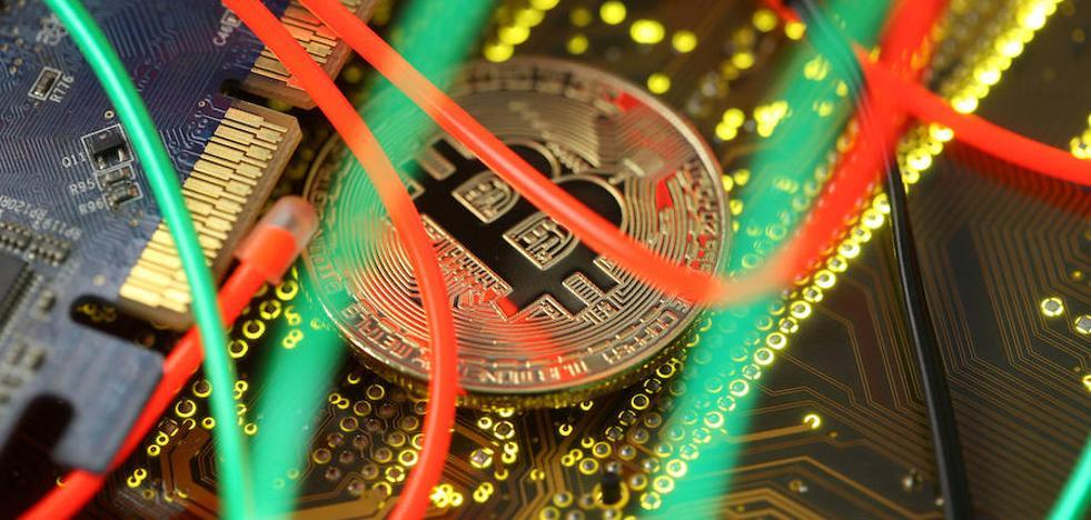 El blockchain se asienta en las empresas y podría haber evitado el máster de Cifuentes