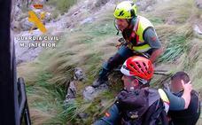 Rescatan en helicóptero a un montañero herido en la cumbre de La Maroma