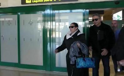 Isabel Pantoja demanda a Las Mellis y les reclama 250.000 euros a cada una