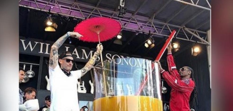 El récord mundial de la ginebra más grande del mundo ha logrado un famoso rapero