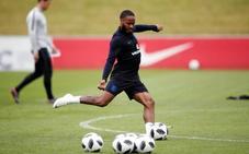 Aficionados ingleses piden que Sterling no vaya al mundial por un tatuaje
