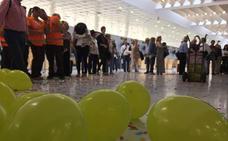 Ennio Morricone sorprende a los pasajeros del Aeropuerto de Almería