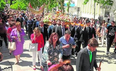 El Corpus dice adiós con las procesiones de los barrios y el desmontaje del ferial