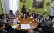 Cuenca, «convencido» de que las conexiones ferroviarias mejorarán con la llegada de Pedro Sánchez