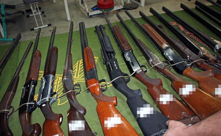 Subasta de armas en Almería