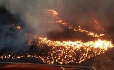 El incendio forestal de Níjar, ya controlado, calcina 25 hectáreas