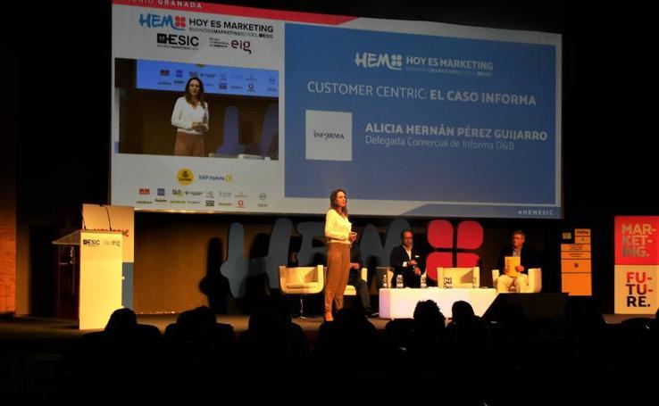'Hoy es Marketing' congrega en Granada a medio millar de profesionales y líderes del mundo empresarial