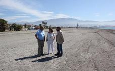 Motril adjudica la vigilancia de playas a Cruz Roja y activa el dispositivo de limpieza del verano