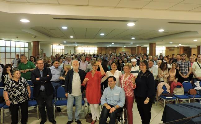 Medio millar de socialistas arropa a Valverde en el acto de su candidatura