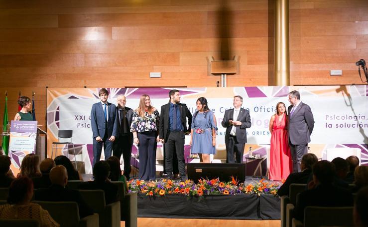 Premio a Paco Lobatón en la Convención de la Psicología Andaluza