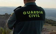 Arrestan a un peligroso delincuente que se hacía pasar por guardia civil para atracar