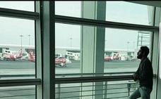 El infierno del hombre que lleva atrapado más de tres meses en un aeropuerto