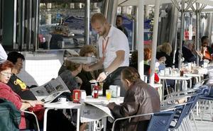Los bares y restaurantes buscan camareros con carrera: «Hay que mejorar la calidad del servicio»