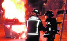 En Almería se están quemando más de 16 contenedores de media cada mes
