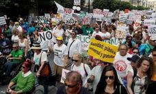 Decenas de miles de andaluces reclaman en Sevilla «una sanidad pública digna, de calidad y sin recortes»