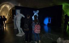 Cerca de 19.000 personas visitan la exposición fotográfica 'Guía Nocturna de Museos' en la Alhambra