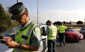 Un detenido por darse a la fuga para saltarse un control de la Guardia Civil