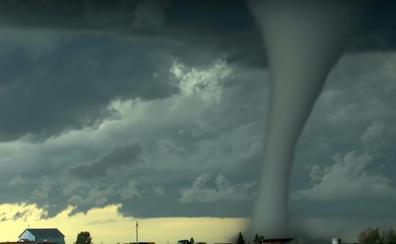 Así nace un tornado: las espetaculares imágenes que dan la vuelta al mundo