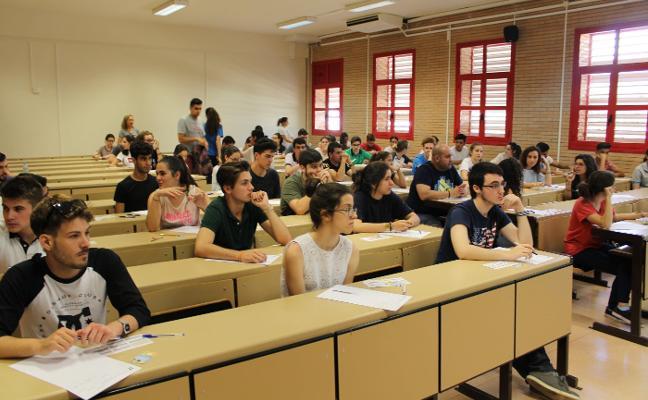 La Selectividad comienza hoy para más de 3.000 alumnos almerienses